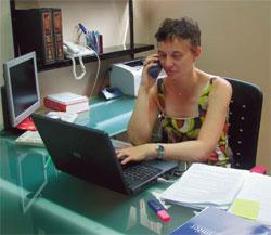 Umberta Pennaroli es intérprete y responsable del Departamento de Atención al Extranjero de IMFER