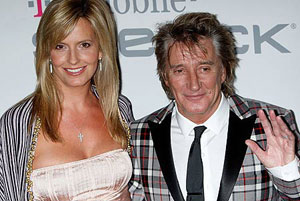 Rod Stewart y su esposa Penny Lancaster